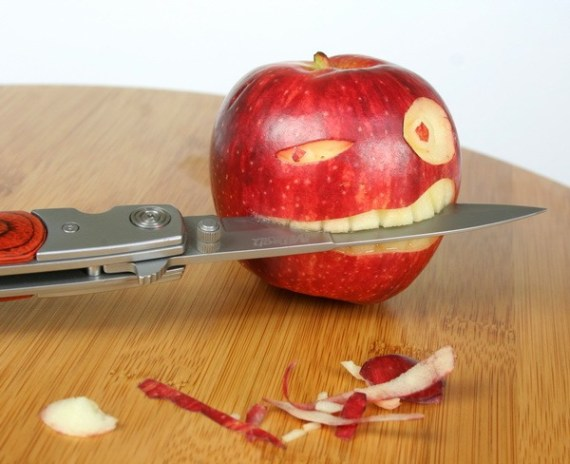 Food Humor: The Apple Bites Back!