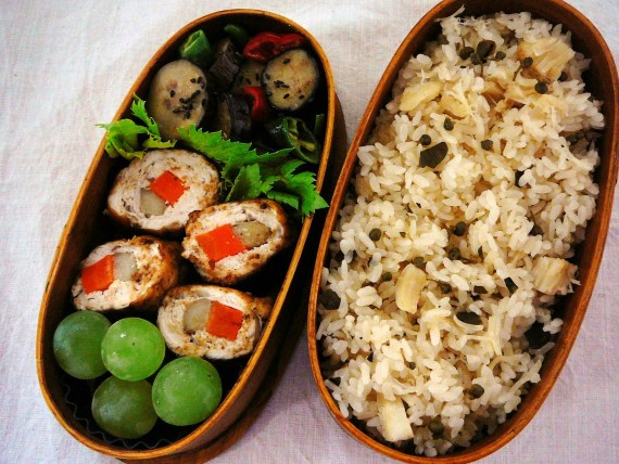 Today's Bento/Lunch Box (11/52): Chicken Roll bento!