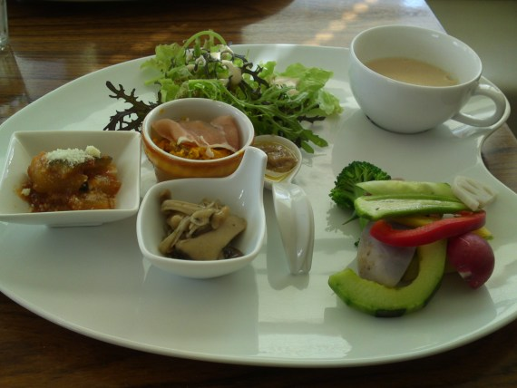 Healthy Lunch at SPICE in Mishima City (Autumn 2011)!
