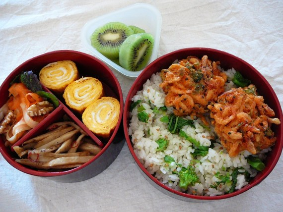 Today's Bento/Lunch Box (12/01): Sakura Ebi Kakiage Bento!