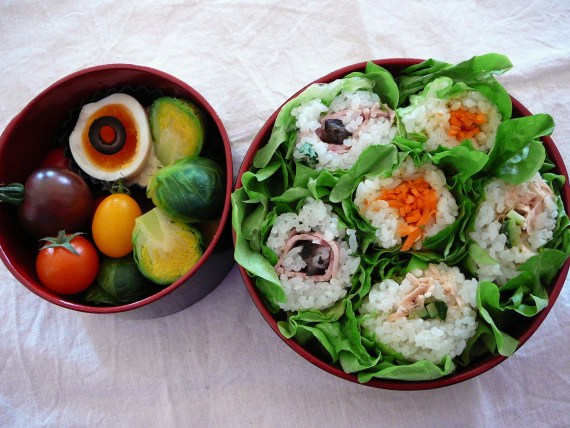 Today's Bento/Lunch Box (12/03): Sushi Roll Feast Bento!