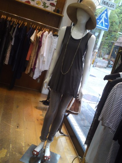 Japanese Ladies Fashion in Shizuoka 34: Casual Elegant for 3 Seasons at Floraison in Shizuoka City!