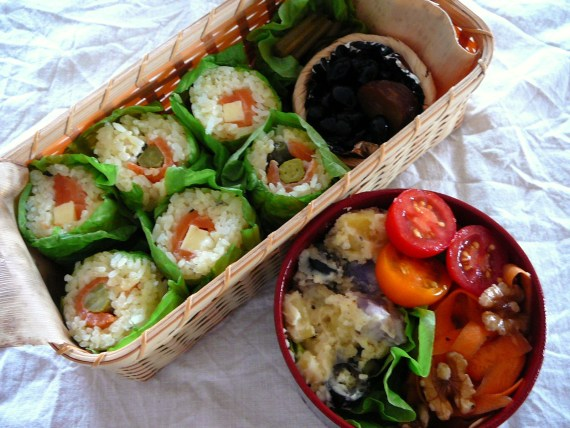 Today's Bento/Lunch Box (12/30): Smoked Salmon Sushi Rolls Bento!