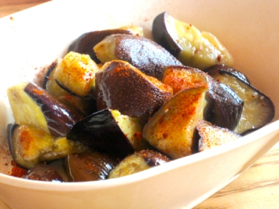 Vegan Japanese recipe: Fried and Marinated Eggplants with Paprika
