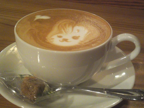 "Cappucino: ""A Rabbit with a Moustache or with Doe Eyes?"" at Patina in Shizuoka City!"
