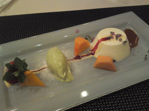 French Dessert: Wasabi Panacotta and Sweet Soy Sauce at Pissenlit in Shizuoka City!