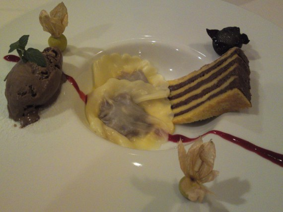 French Dessert: Chocolate Ravioli at Pissenlit in Shizuoka City!