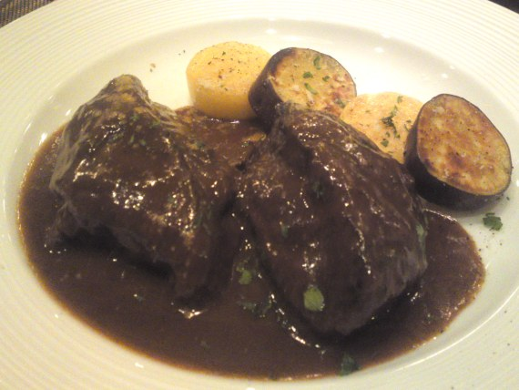 Italian Gastronomy: Beef Cheek Stewed in Red Wine at Soloio in Shizuoka City!