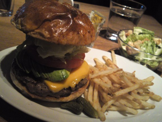 Avocado & Cheddar Cheese Hamburger at BLUE BOOKS cafe in Shizuoka City!