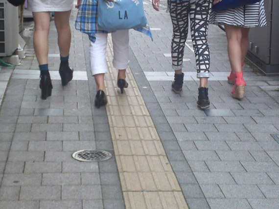 Japanese Ladies fashion in Shizuoka 54: Summer Heels!